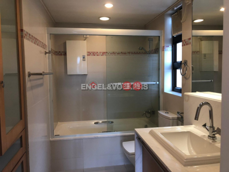 Property Search Hong Kong | OneDay | Residential | Rental Listings | 3 Bedroom Family Flat for Rent in Jardines Lookout