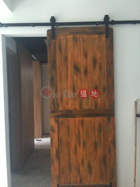 1 Bed Flat for Rent in Sheung Wan 199-201 Hollywood Road   Western District   Hong Kong, Rental HK$ 28,000/ month