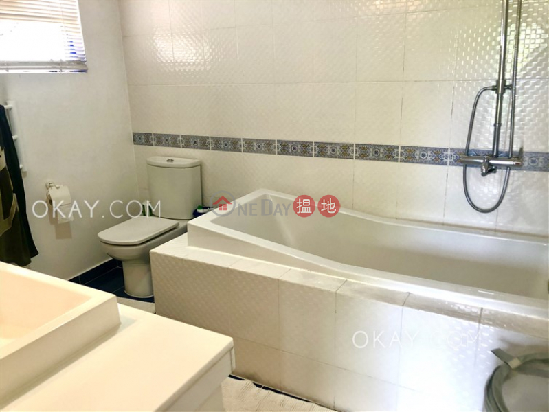 HK$ 21M | House 8 Venice Villa | Sai Kung Gorgeous house with rooftop, terrace & balcony | For Sale