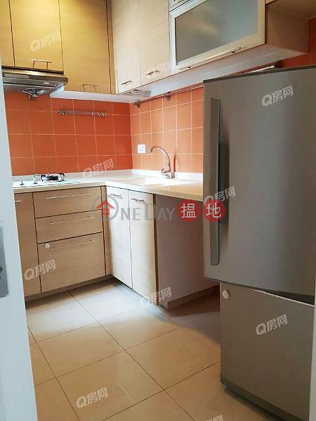 HK$ 31,500/ month, Scenic Heights Western District, Scenic Heights | 2 bedroom Mid Floor Flat for Rent