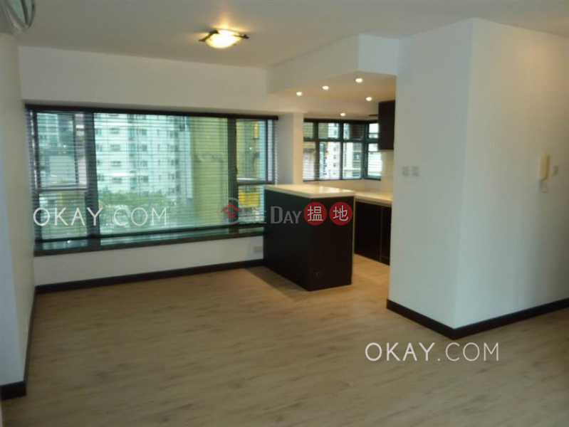 Unique 3 bedroom in Mid-levels West | For Sale | Casa Bella 寶華軒 Sales Listings
