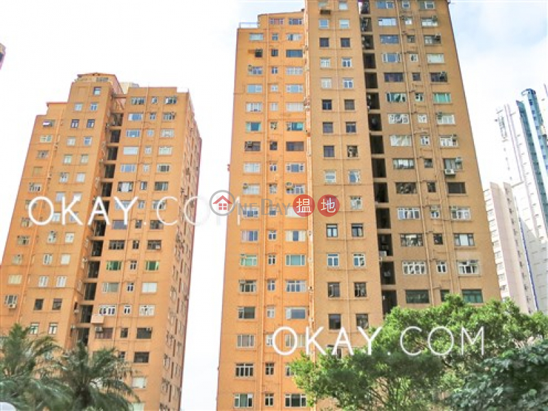 HK$ 16.8M | Tai Hang Terrace, Wan Chai District | Efficient 3 bedroom on high floor with parking | For Sale