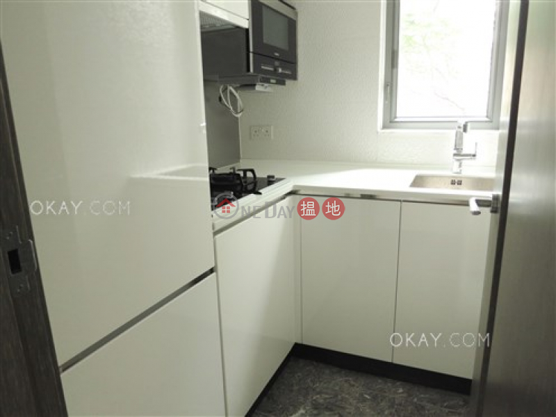 Rare 2 bedroom with balcony | Rental, Centre Point 尚賢居 Rental Listings | Central District (OKAY-R80799)