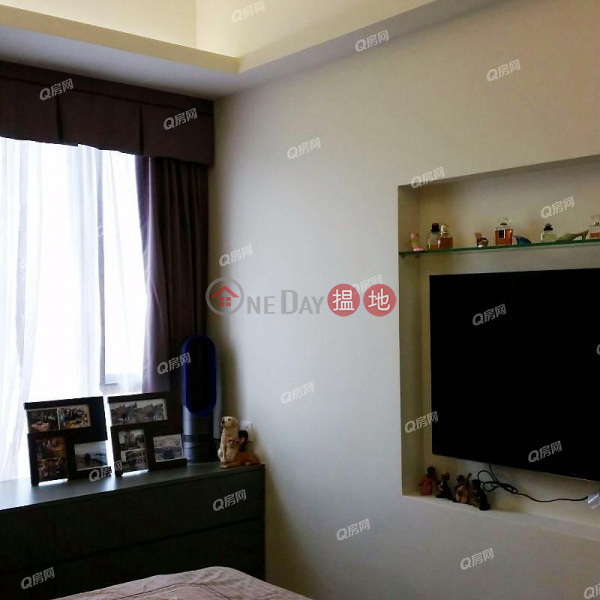 Property Search Hong Kong | OneDay | Residential | Sales Listings | Park Signature Block 1, 2, 3 & 6 | 3 bedroom High Floor Flat for Sale