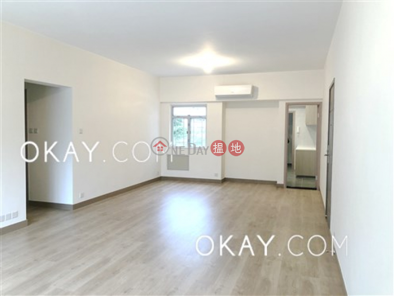 HK$ 63,000/ month, The Dahfuldy, Kowloon City | Exquisite 3 bedroom with balcony & parking | Rental
