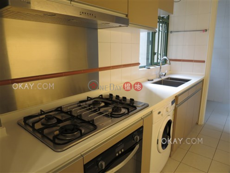 Popular 2 bedroom in Mid-levels West | For Sale | Robinson Place 雍景臺 Sales Listings