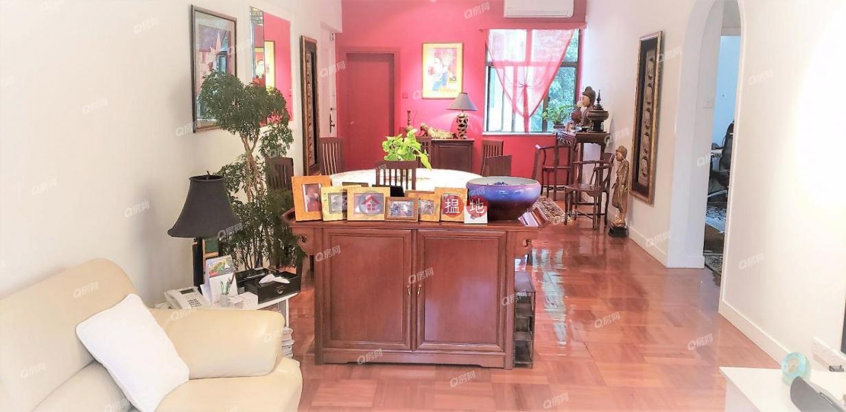 HK$ 24.9M 35-41 Village Terrace | Wan Chai District, 35-41 Village Terrace | 3 bedroom Mid Floor Flat for Sale