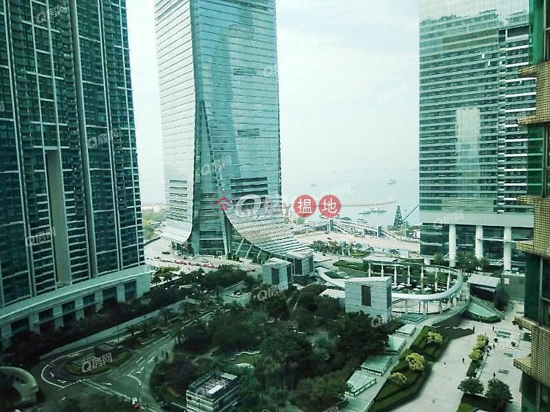The Waterfront Phase 1 Tower 2 | 3 bedroom Low Floor Flat for Sale | The Waterfront Phase 1 Tower 2 漾日居1期2座 Sales Listings