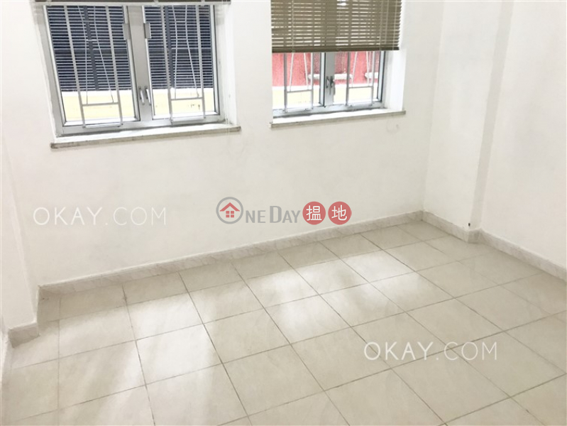 Intimate 2 bedroom with balcony | Rental, 52 Robinson Road | Western District, Hong Kong Rental, HK$ 30,000/ month