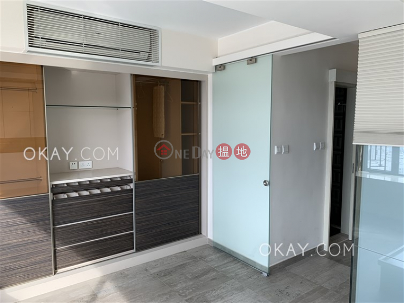 Charming 2 bedroom on high floor with sea views | For Sale | Block D (Flat 1 - 8) Kornhill 康怡花園 D座 (1-8室) Sales Listings