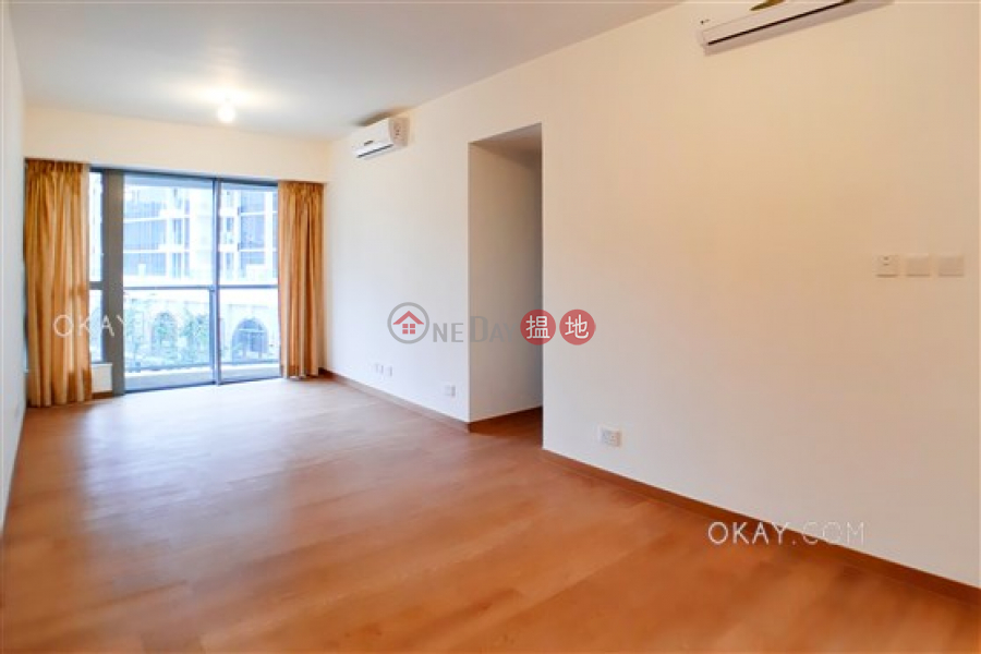 Tasteful 3 bedroom with balcony | For Sale | The Papillons Tower 5 海翩匯5座 Sales Listings