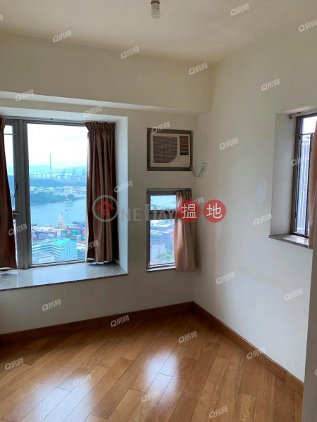 Property Search Hong Kong | OneDay | Residential, Rental Listings Tower 6 Harbour Green | 2 bedroom High Floor Flat for Rent