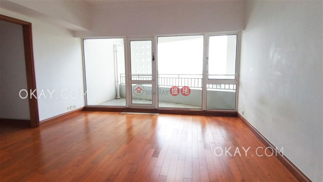 Gorgeous 4 bedroom with sea views, balcony | Rental | Block 4 (Nicholson) The Repulse Bay 影灣園4座 Rental Listings