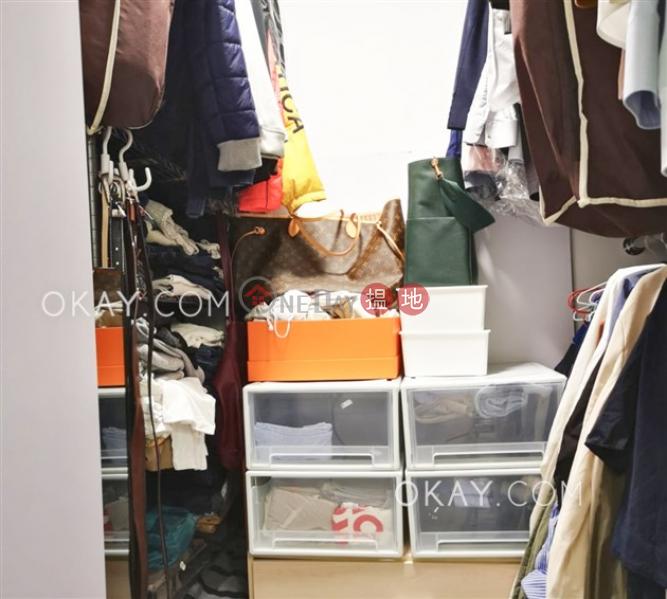 HK$ 20,000/ month Bella Vista | Western District | Intimate 2 bedroom in Mid-levels West | Rental