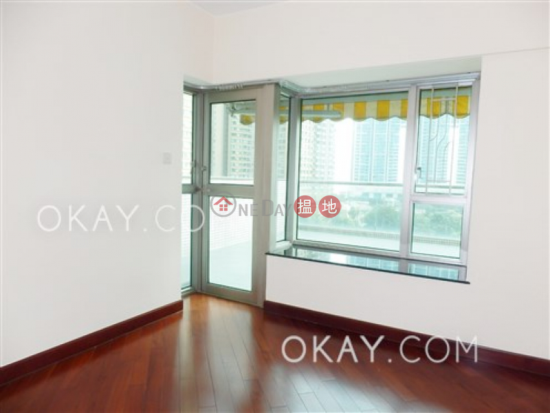 Rare 3 bedroom in Kowloon Station | For Sale | Sorrento Phase 1 Block 3 擎天半島1期3座 Sales Listings