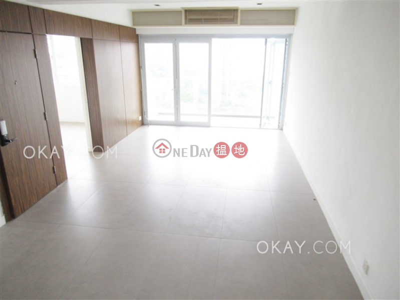 Charming 3 bedroom on high floor with balcony & parking | Rental | Monticello 滿峰台 Rental Listings