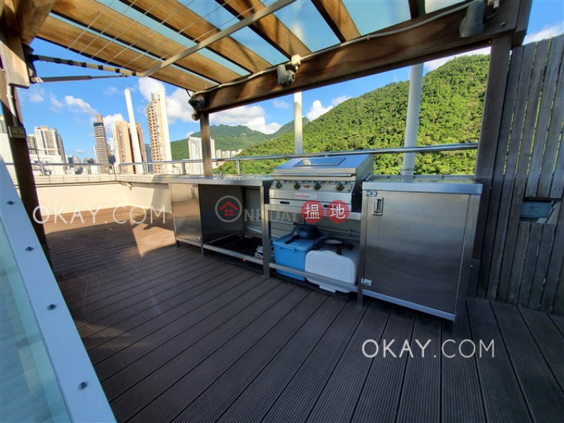 Property Search Hong Kong | OneDay | Residential, Sales Listings | Rare 2 bedroom on high floor with rooftop | For Sale