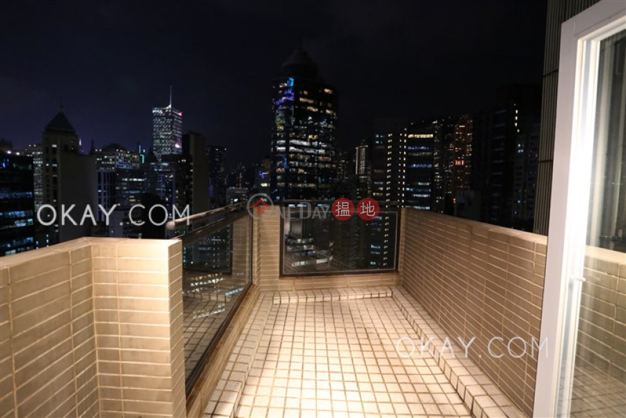 HK$ 38,000/ month Villa Serene, Central District, Tasteful 1 bedroom on high floor with terrace | Rental