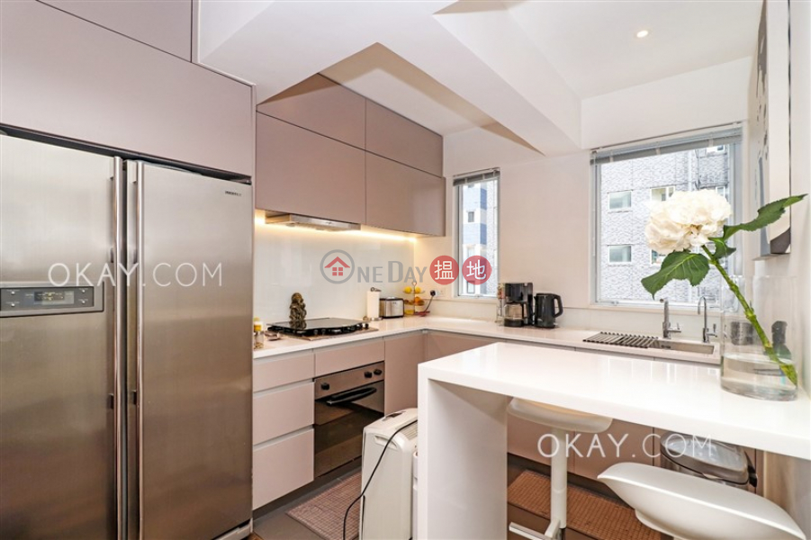 Charming 2 bedroom with balcony | For Sale, 14-16 Hospital Road | Western District, Hong Kong | Sales | HK$ 13.9M