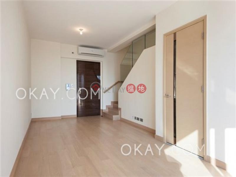Tasteful 1 bed on high floor with sea views & balcony | Rental | Marinella Tower 9 深灣 9座 Rental Listings