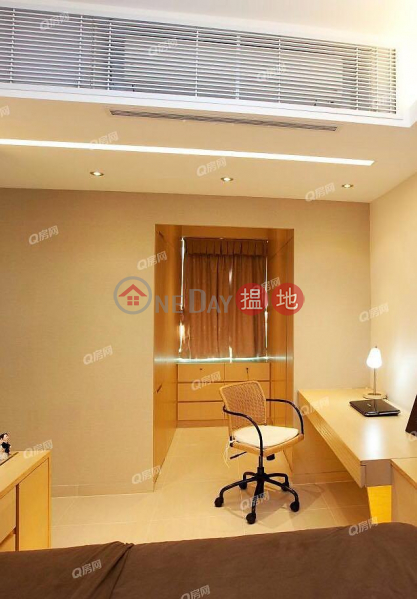 Property Search Hong Kong | OneDay | Residential Sales Listings, Sherwood Court | 2 bedroom High Floor Flat for Sale