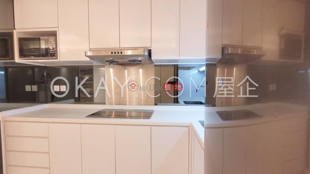 HK$ 36,000/ 月第一大廈 西區 2房2廁第一大廈出租單位