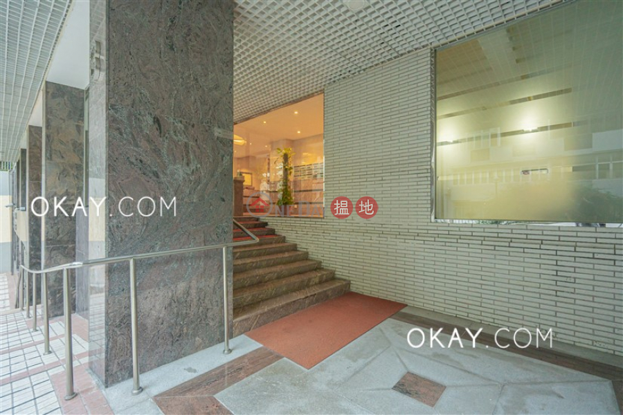 HK$ 29M, Botanic Terrace Block A, Western District | Efficient 2 bedroom with balcony & parking | For Sale