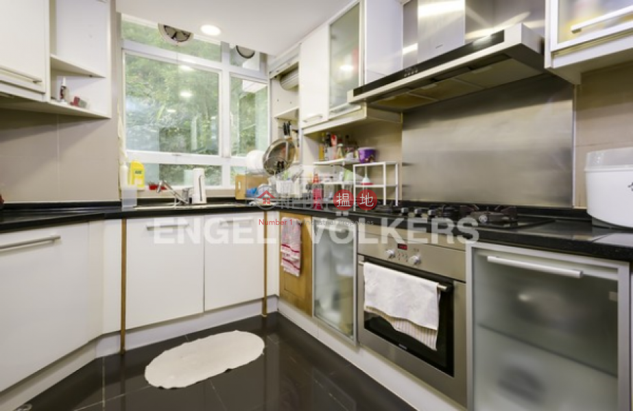 4 Bedroom Luxury Flat for Sale in Central Mid Levels | Tregunter 地利根德閣 Sales Listings