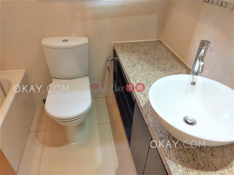 Property Search Hong Kong | OneDay | Residential, Sales Listings | Luxurious 2 bedroom on high floor with balcony | For Sale