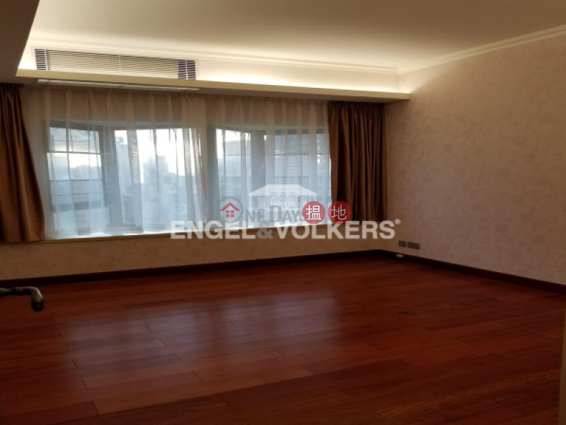 HK$ 60,000/ month, Beverly Hill Wan Chai District 3 Bedroom Family Flat for Rent in Happy Valley