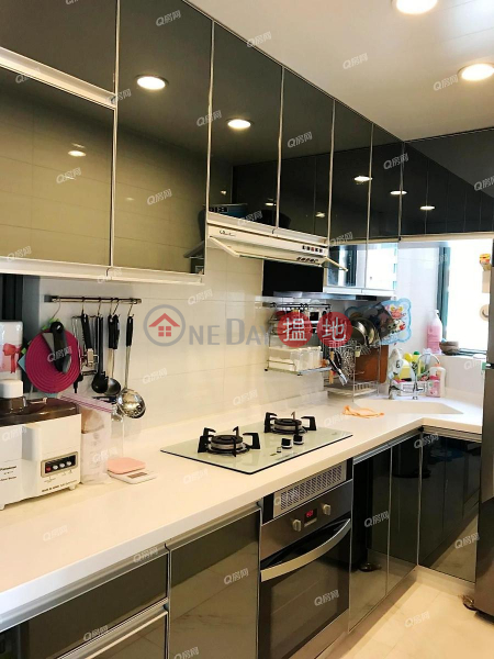 Property Search Hong Kong | OneDay | Residential Sales Listings Tower 8 Island Resort | 3 bedroom Low Floor Flat for Sale
