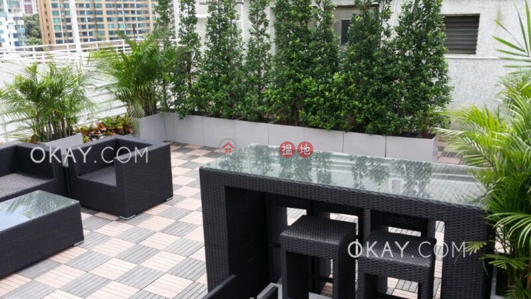 Popular 2 bed on high floor with sea views & rooftop | For Sale | Rowen Court 樂賢閣 Sales Listings