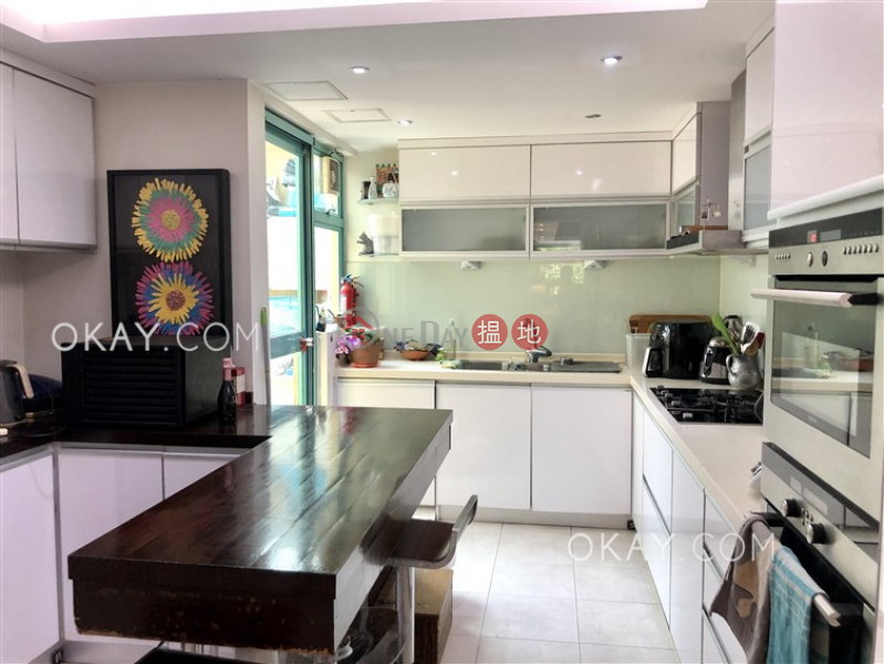 Tasteful 4 bedroom with terrace | For Sale | Discovery Bay, Phase 12 Siena Two, Block 16 愉景灣 12期 海澄湖畔二段 16座 Sales Listings