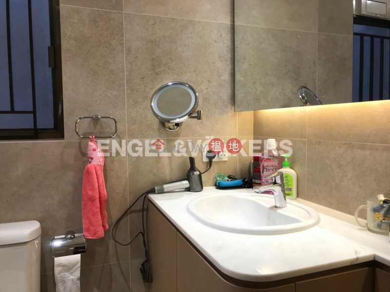 Property Search Hong Kong | OneDay | Residential, Rental Listings 3 Bedroom Family Flat for Rent in Shek Tong Tsui