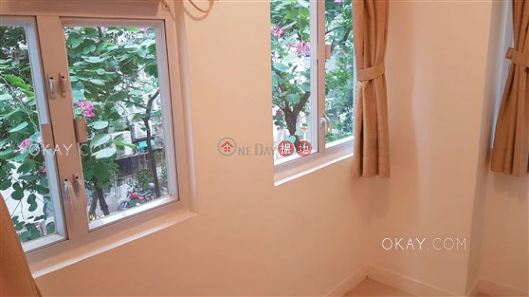 Property Search Hong Kong | OneDay | Residential Rental Listings | Practical 2 bedroom in Sheung Wan | Rental