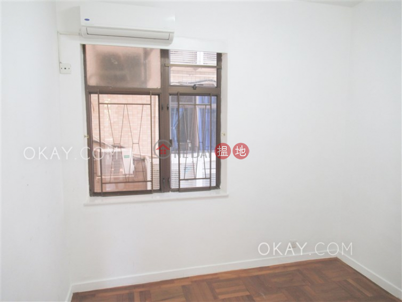 Efficient 3 bedroom with parking   For Sale   Villa Rocha 樂翠台 Sales Listings