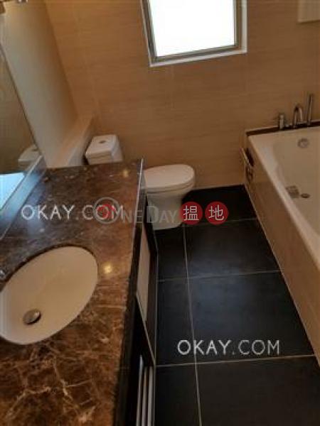 HK$ 93,000/ 月香港黃金海岸 30座|屯門4房3廁,實用率高,星級會所,連車位《香港黃金海岸 30座出租單位》
