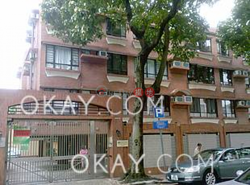 Charming 3 bedroom with parking | Rental, Yin Court 賢苑 Rental Listings | Kowloon Tong (OKAY-R382934)