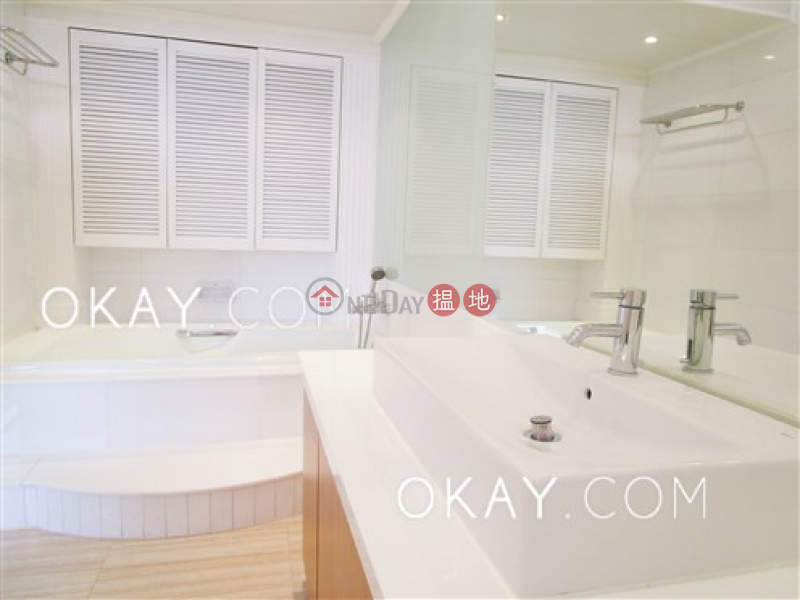 HK$ 140,000/ month Belgravia Heights | Southern District, Efficient 4 bedroom with sea views, balcony | Rental