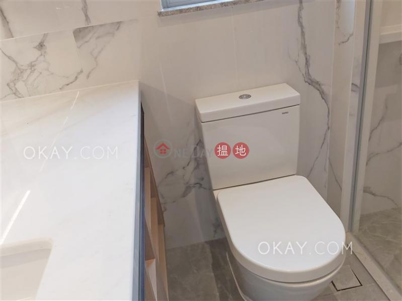 Tasteful 2 bedroom on high floor with balcony | Rental | Resiglow Pokfulam RESIGLOW薄扶林 Rental Listings