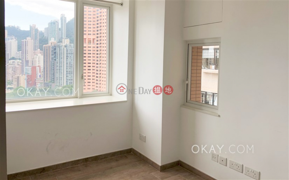 Unique 2 bedroom in Mid-levels West   Rental   Robinson Heights 樂信臺 Rental Listings