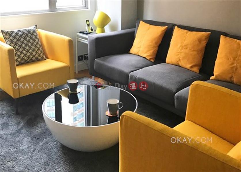 HK$ 45,000/ 月|漢寧大廈|西區|2房2廁,實用率高,可養寵物,連車位《漢寧大廈出租單位》