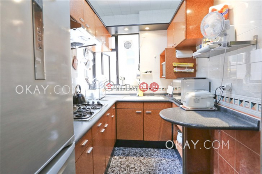 Stylish 3 bedroom with parking | For Sale | Elegant Terrace Tower 1 慧明苑1座 Sales Listings
