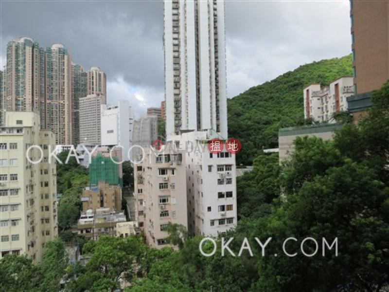 HK$ 40,000/ month University Heights Western District | Tasteful 3 bedroom with balcony | Rental