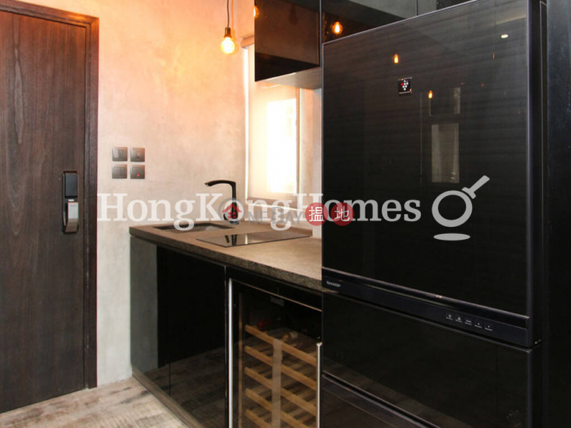 HK$ 6.3M | 19 Tai Ping Shan Street, Central District | Studio Unit at 19 Tai Ping Shan Street | For Sale