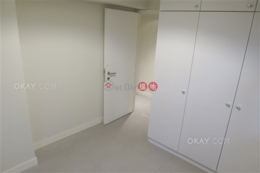 Friendship Court | Middle | Residential Sales Listings | HK$ 14.1M