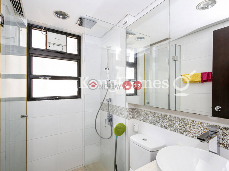 3 Bedroom Family Unit at The Babington   For Sale   The Babington 巴丙頓道6D-6E號The Babington Sales Listings