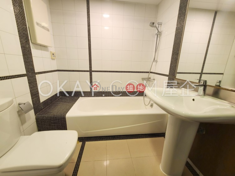Lovely 2 bedroom on high floor with balcony & parking | Rental 2A Mount Davis Road | Western District, Hong Kong, Rental | HK$ 58,000/ month