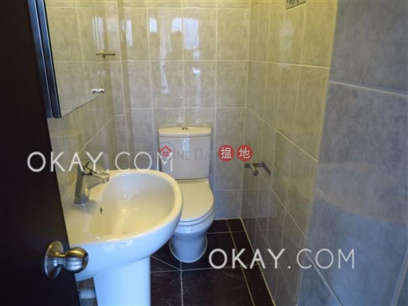 HK$ 25,000/ 月怡安大廈 灣仔區2房2廁,實用率高,極高層怡安大廈出租單位