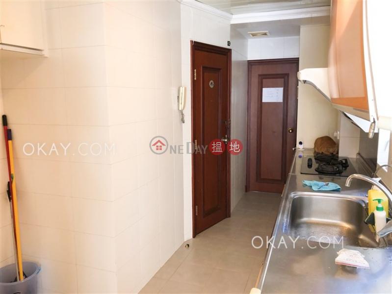 3房2廁,極高層,連車位,露台《雲臺別墅出售單位》|25- 27雲地利道 | 灣仔區|香港|出售|HK$ 2,700萬